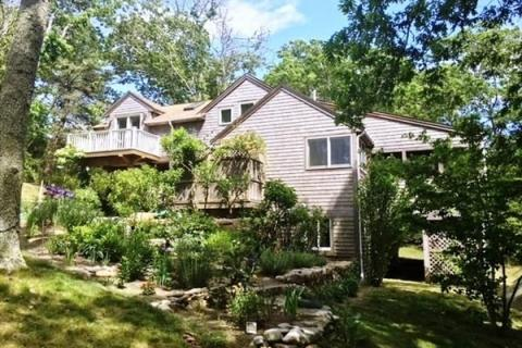 Single Family  Home for Sale in Chilmark, #35606